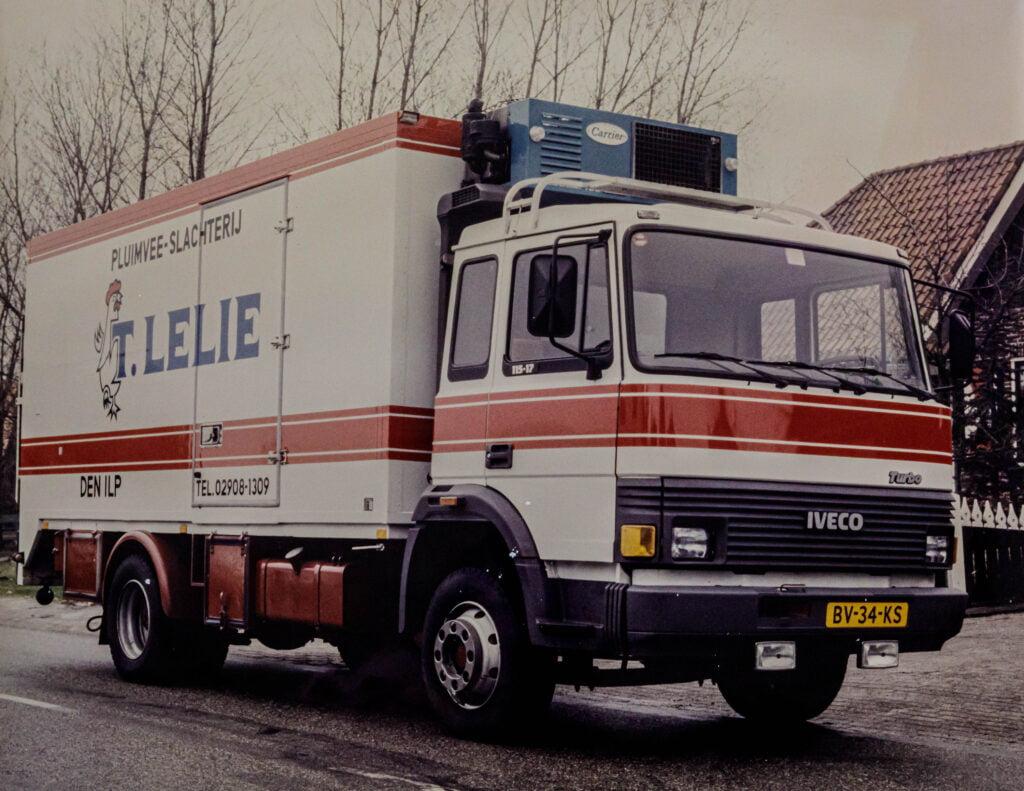 Oude vrachtwagen van Rob Lelie